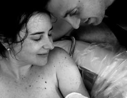 Parto Natural; Parto na penumbra; parto humanizado; parto natural pós-cesariana; parto respeitoso; PVAC; VBAC; pele a pele; Bem-Nascida