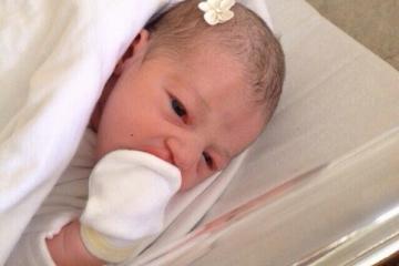 Luíza nasceu de parto empelicada.